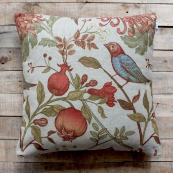 Biggie Best Savannah Multi Cushion 55/SAV/01. Our gorgeous Biggie Best cushions are filled with a feather inner for a comfortable relaxed look that works wonderfully whether placed on your sofa, chair or bed.