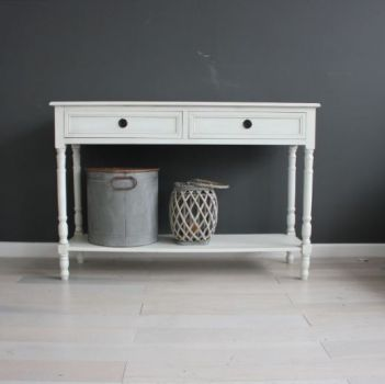 Biggie Best Large Venice Oyster Console Table 96553OYST. This console table by Biggie Best is part of their Venice range. This timeless piece of furniture comes in white and makes as a fantastic display unit.