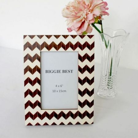 Biggie Best Brown Zig Zag Photo Frame