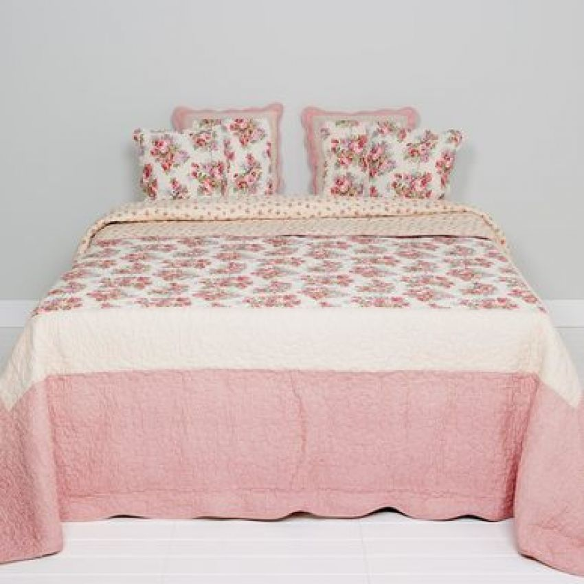 Clayre and Eef Floral White and Pink Bedspread
