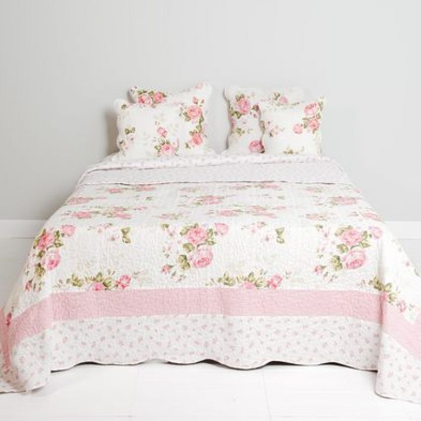 Clayre and Eef Floral Pink and White Bedspread
