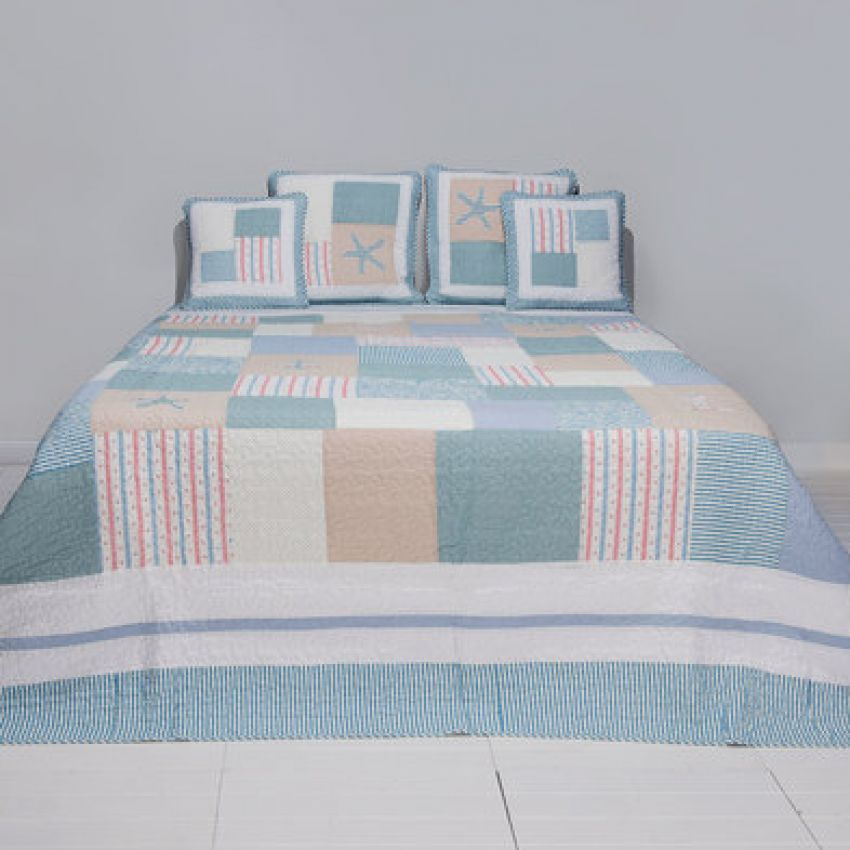 Clayre and Eef Blue and Pink Patchwork Bedspread