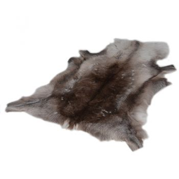 Reindeer Hide JW008. A stunning natural hide. Great comfort and warmth. Perfect to sit in your living room or bedroom.
