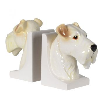 Set of 2 Scottish Terrier Bookends TEA314. These adorable bookends are wonderful for any dog lover. Perfect to sit on a shelf alongside your favourite books!